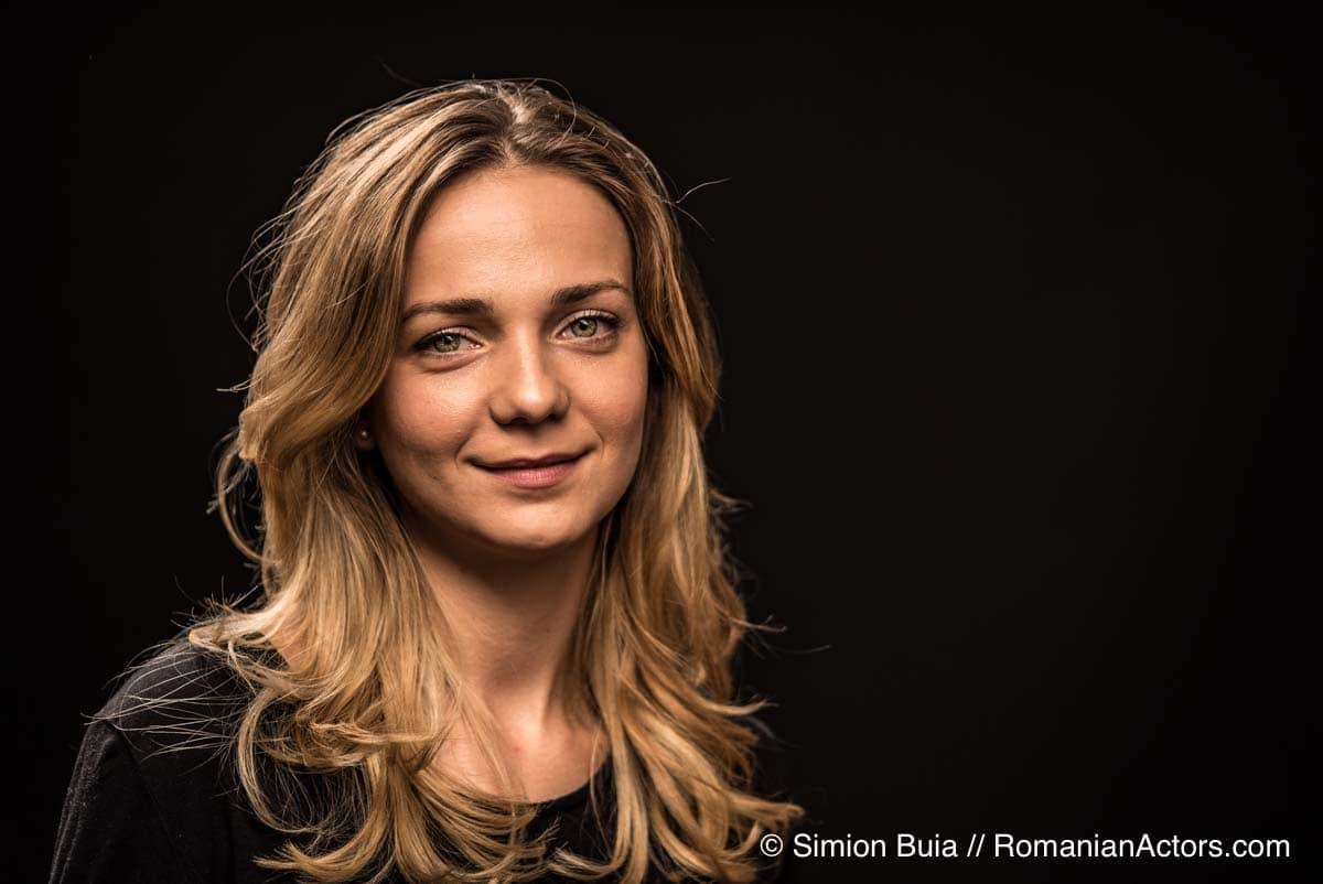 mihaela-velicu-romanian-actors-by-simion-buia