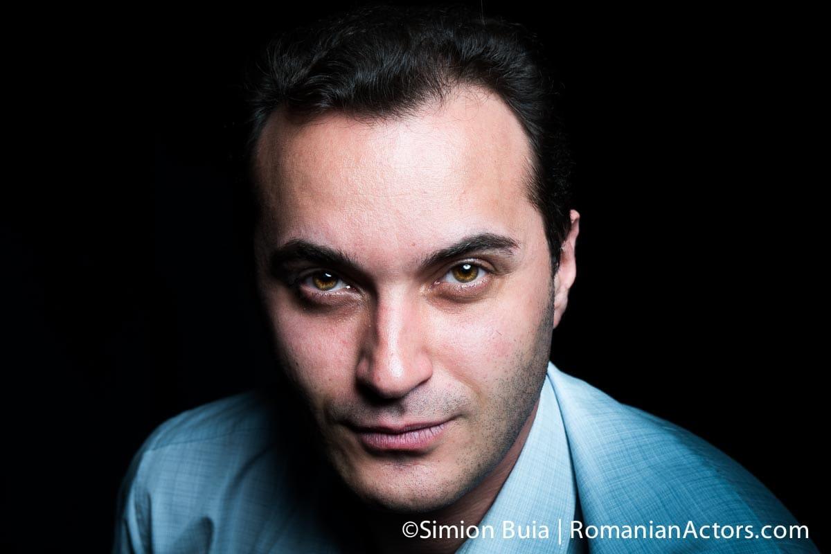 Matei_Bogdan_actor_Romanian Actors by Simion Buia_ copyright by Simion Buia_Teatrul_Municipal_Bacovia-0428