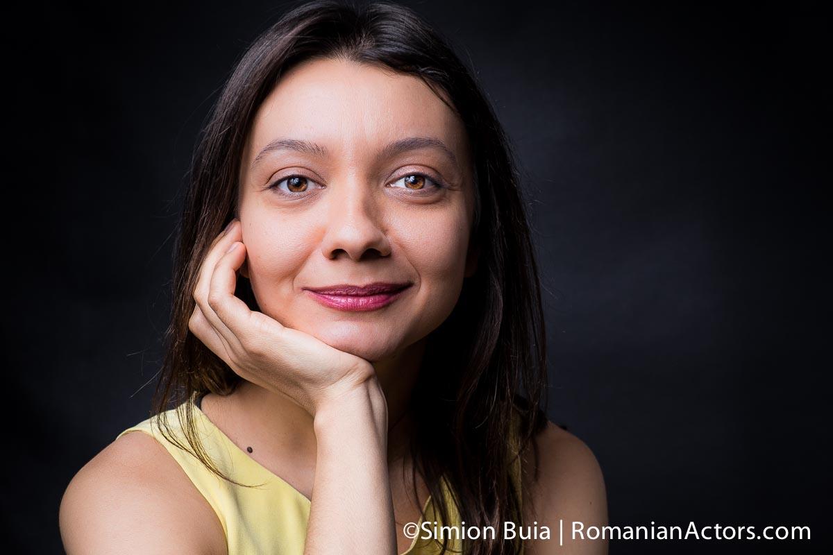 Valentina Zaharia fotografiata de Simion Buia